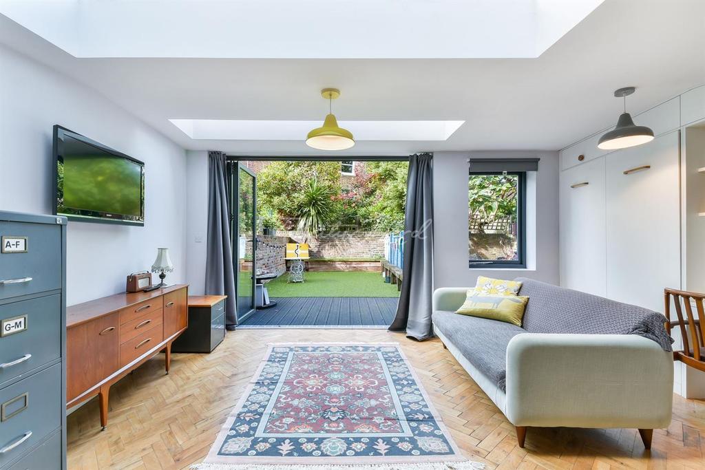 1 Bedroom Flat for sale in Farleigh Road, N16