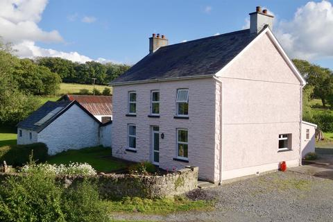 4 bedroom property with land for sale - Gwynfe Road, Ffairfach, Llandeilo