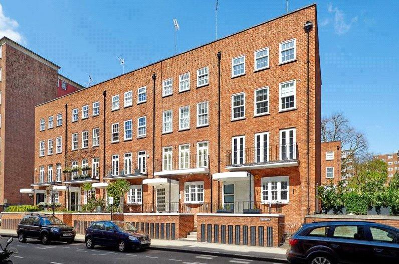5 Bedrooms Terraced House for sale in Moncorvo Close, London