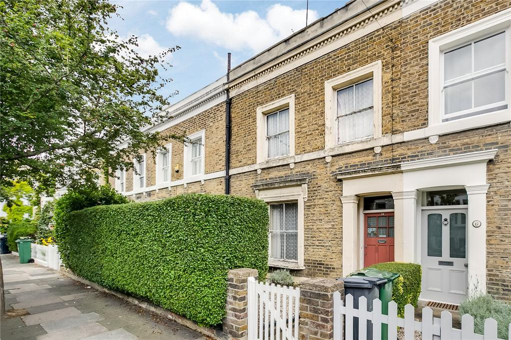 2 Bedrooms Terraced House for sale in Broadhinton Road, Clapham, London
