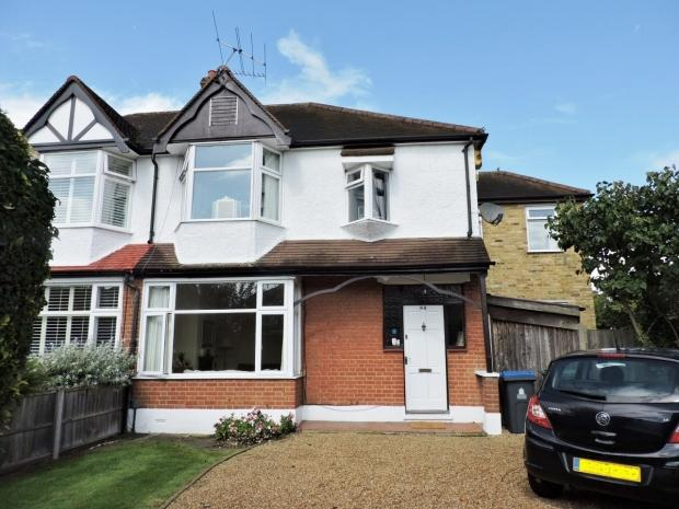 4 Bedrooms Semi Detached House for sale in Thetford Road New Malden