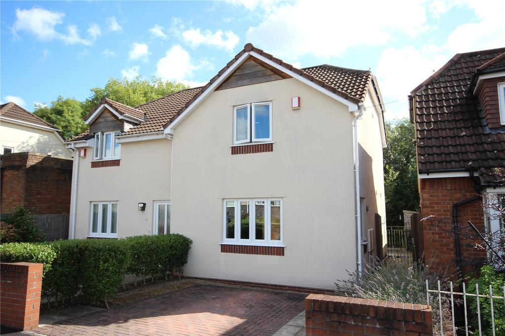 3 Bedrooms Semi Detached House for sale in Heath Road, Eastville, Bristol, BS5