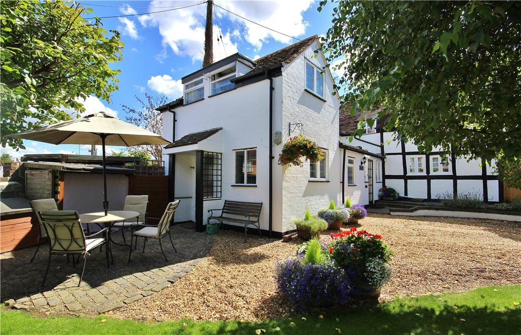 2 Bedrooms Semi Detached House for sale in Top Street, Charlton, Pershore, Worcestershire, WR10