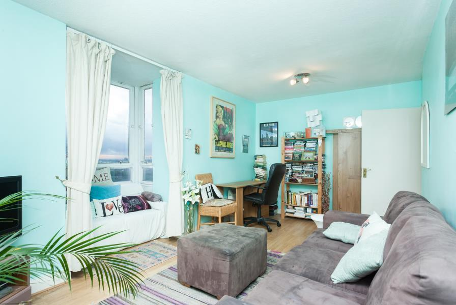 2 Bedrooms Apartment Flat for sale in Osprey Heights - Falcons - SW11