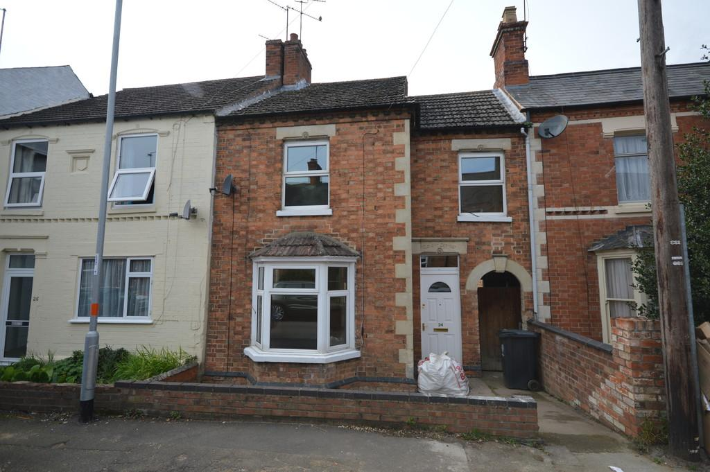 3 Bedrooms Terraced House for sale in Halford Street, Thrapston