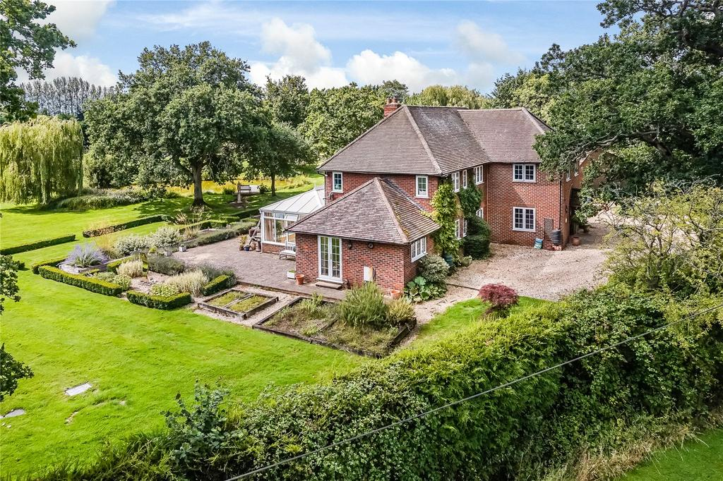 5 Bedrooms House for sale in Broad Oak, Odiham, Hook, Hampshire