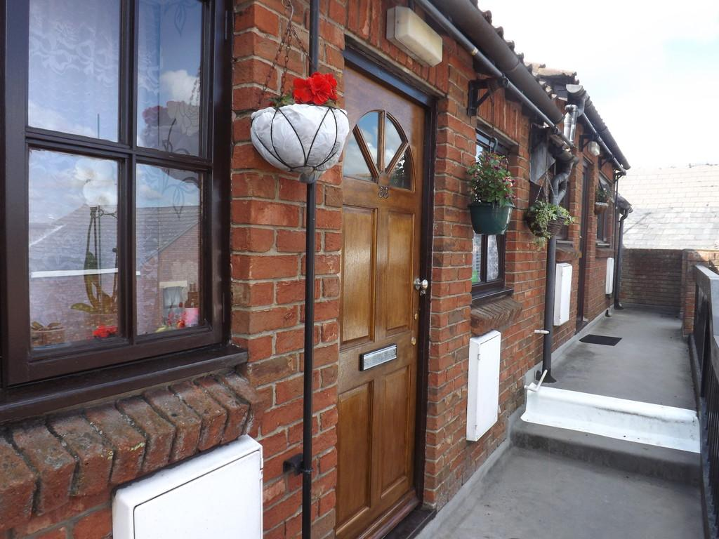 1 Bedroom Flat for sale in Church Mews, Wisbech