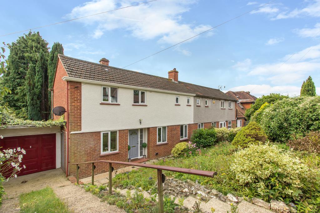 3 Bedrooms Semi Detached House for sale in Westfield Avenue, Sanderstead, Surrey, CR2 9JZ