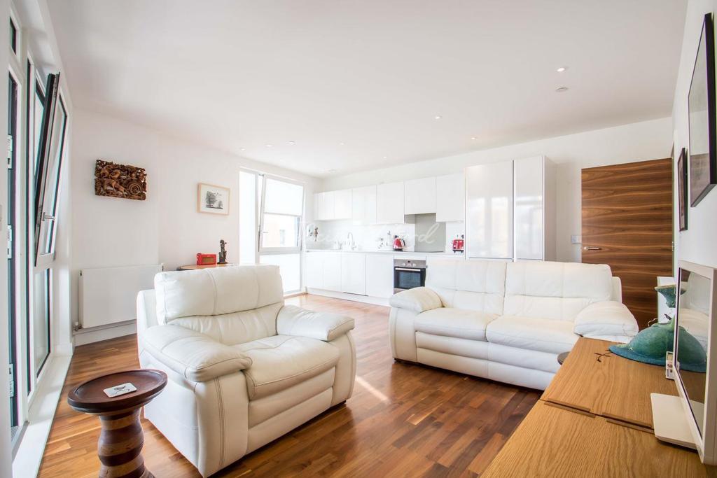 3 Bedrooms Flat for sale in Bellville house, 4 John Donne way,Greenwich, SE10