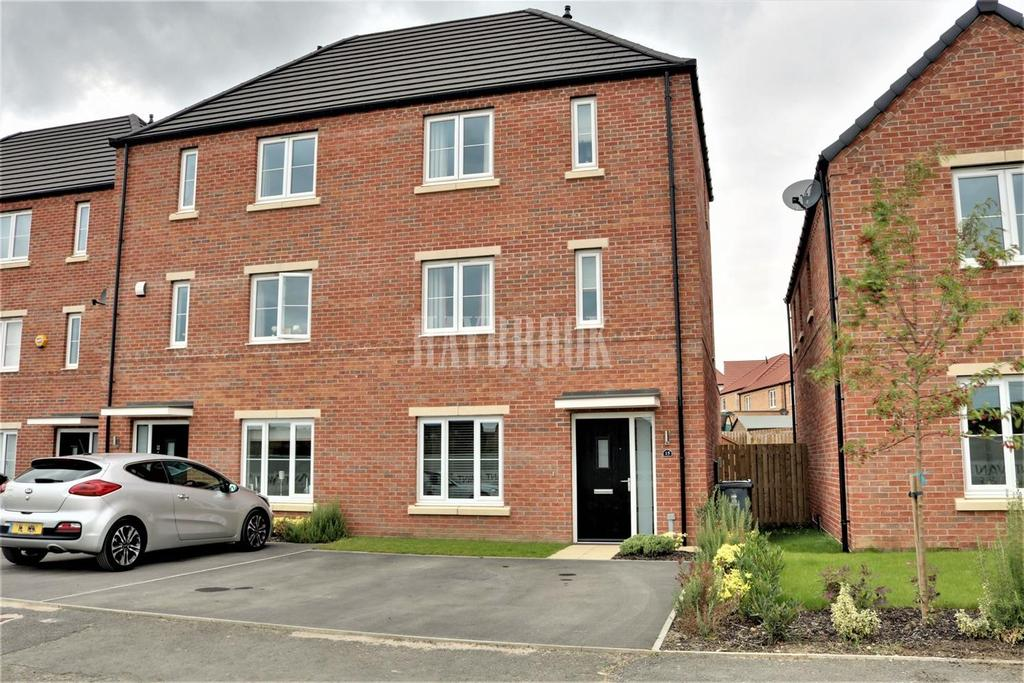 4 Bedrooms Semi Detached House for sale in Cygnet Drive, Mexborough