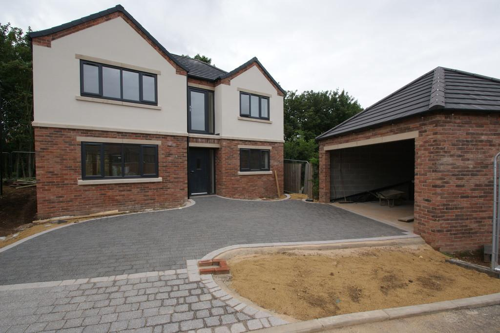 4 Bedrooms Detached House for sale in Montagu Road, Sprotbrough