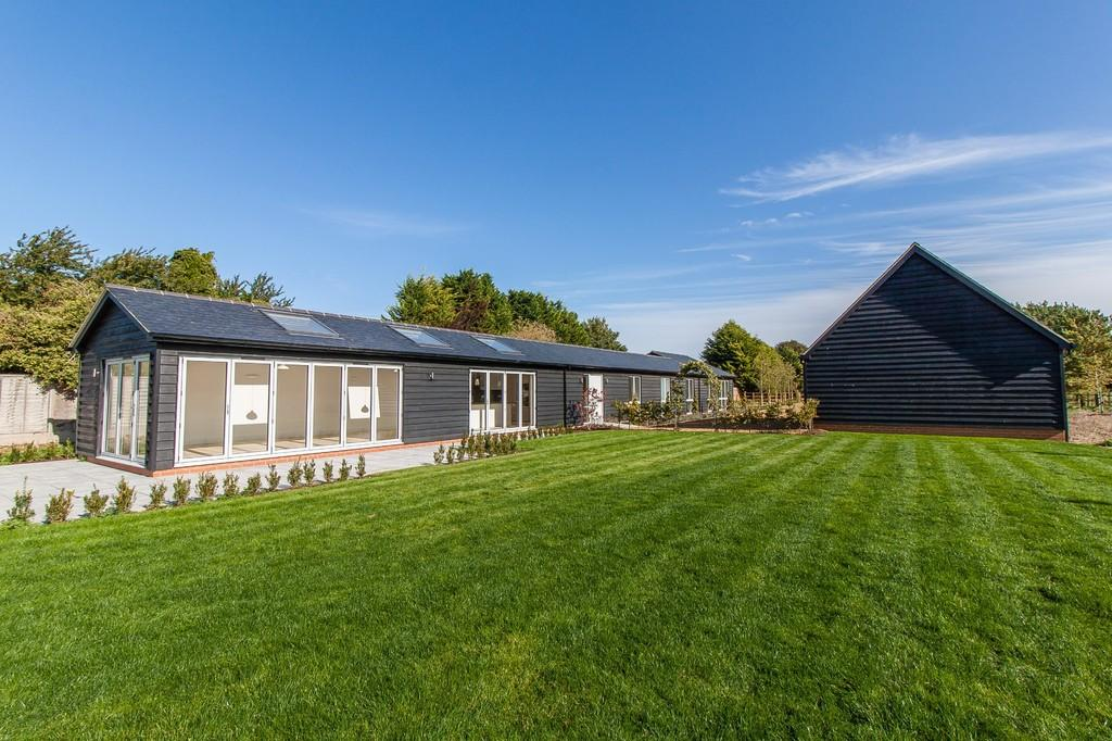 4 Bedrooms Detached Bungalow for sale in Chrishall Road, Fowlmere, Cambridgeshire