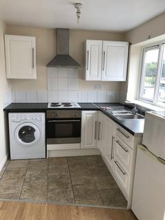 1 bedroom apartment to rent - St. James Road, Fleet
