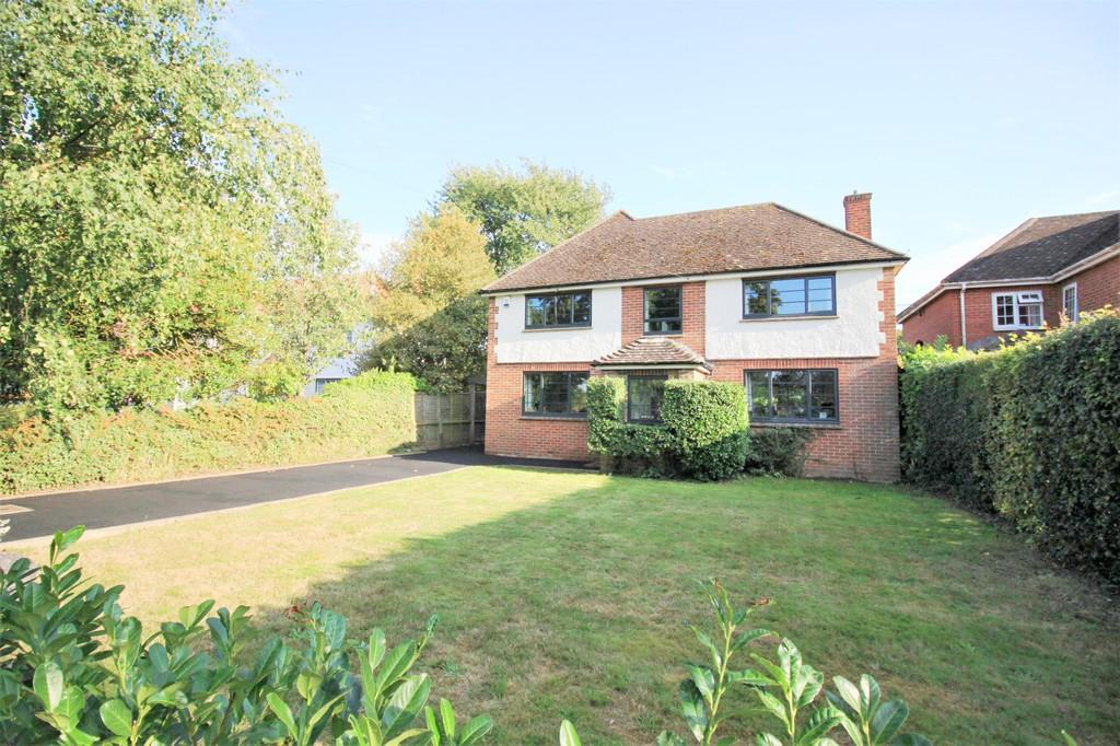 3 Bedrooms Detached House for sale in Garden City, Harwich Road, Lawford, Manningtree, CO11 2JS