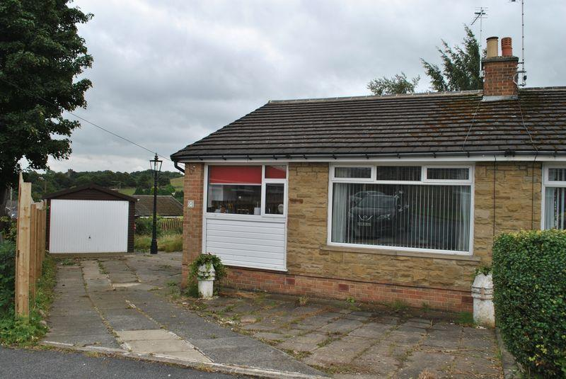 2 Bedrooms Bungalow for sale in Leaventhorpe Way, Fairweather Green, BD8 0EQ