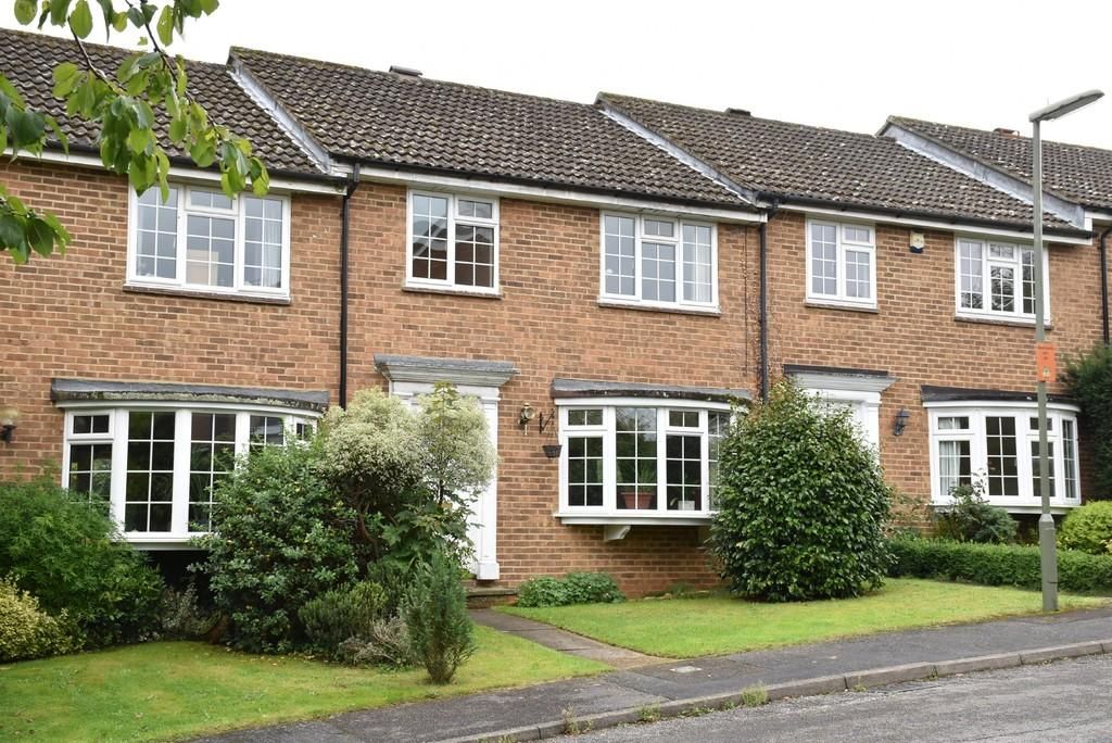 3 Bedrooms Terraced House for sale in Witley