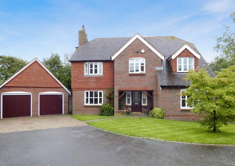 5 Bedrooms Detached House for sale in Broomfields, South Chailey