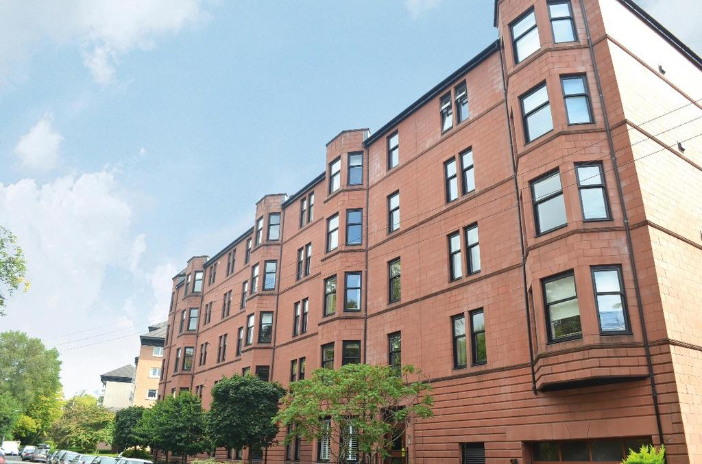 2 Bedrooms Flat for sale in Prince Albert Road, Flat 3/2, Hyndland, Glasgow, G12 9JU
