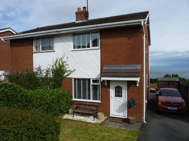 2 Bedrooms Semi Detached House for sale in Cynfran Road, Colwyn Bay