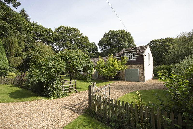 3 Bedrooms Detached Bungalow for sale in Mill Farm Road, Hamsterley Mill