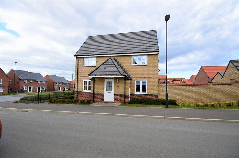 3 Bedrooms Detached House for sale in Nightingale Drive, Whitby