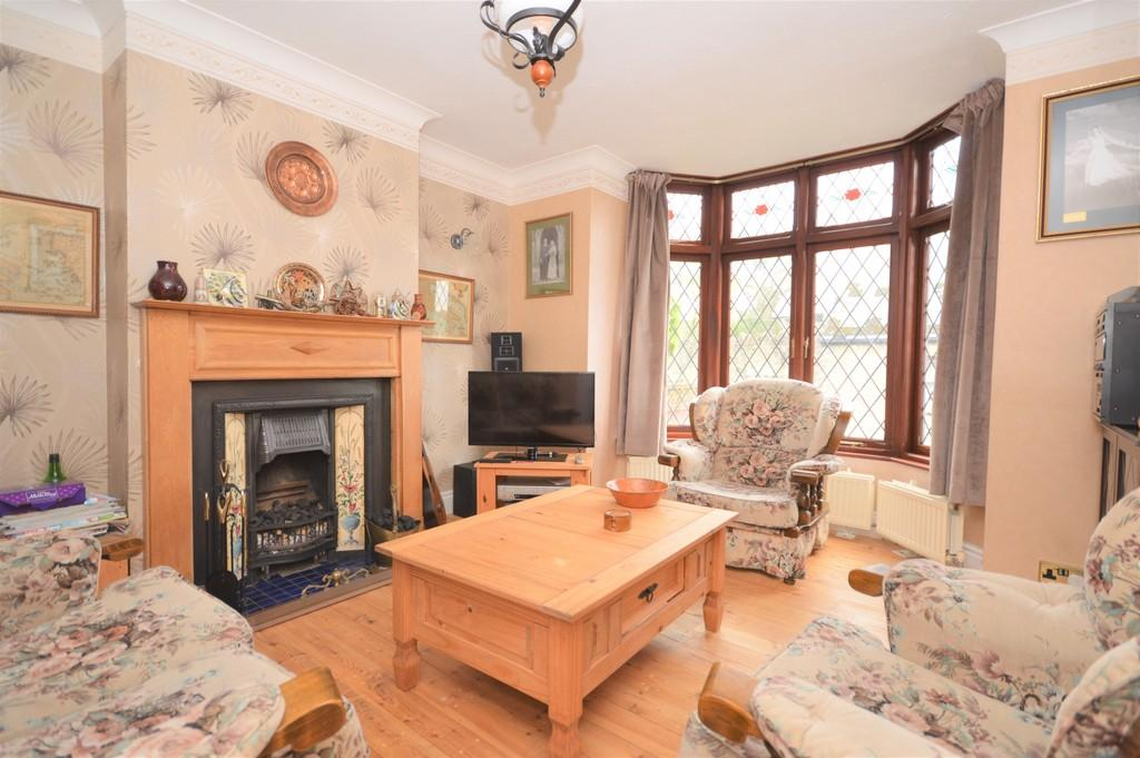4 Bedrooms Semi Detached House for sale in St. Johns Road, Wroxall