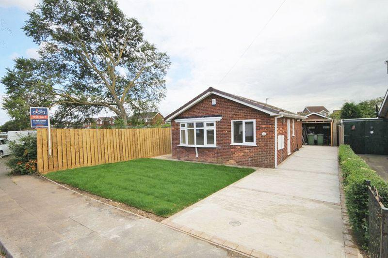 2 Bedrooms Detached Bungalow for sale in HOYLAKE DRIVE, IMMINGHAM