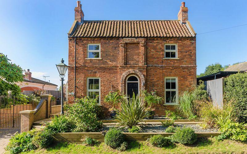 3 Bedrooms Detached House for sale in Partney Road, Sausthorpe