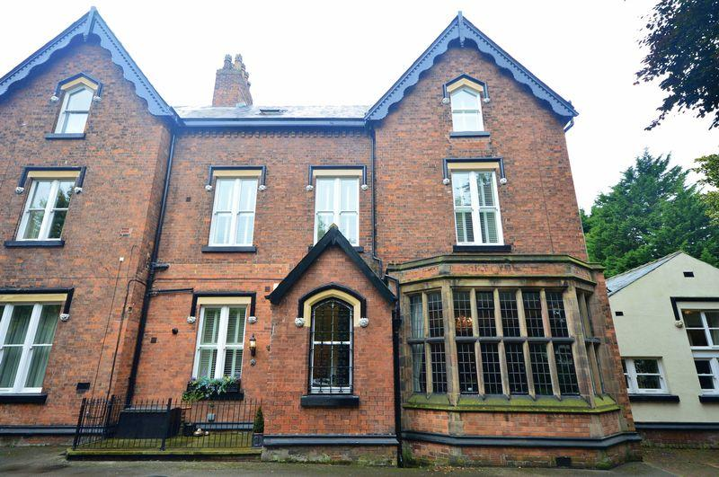 3 Bedrooms Terraced House for sale in North Mossley Hill Road, Mossley Mansions, Mossley Hill