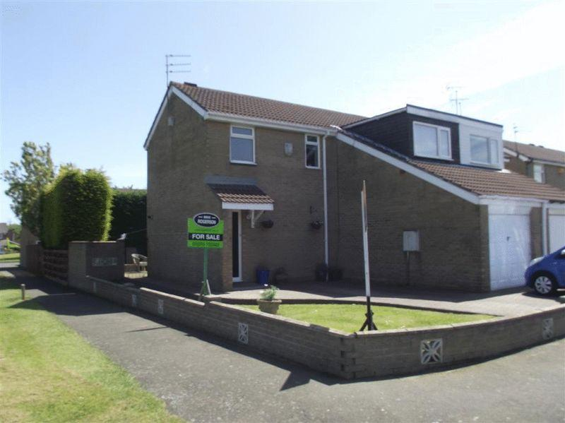 3 Bedrooms Semi Detached House for sale in Hayton Close, Cramlington