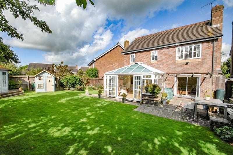 3 Bedrooms Detached House for sale in Nursery Close, Hurstpierpoint
