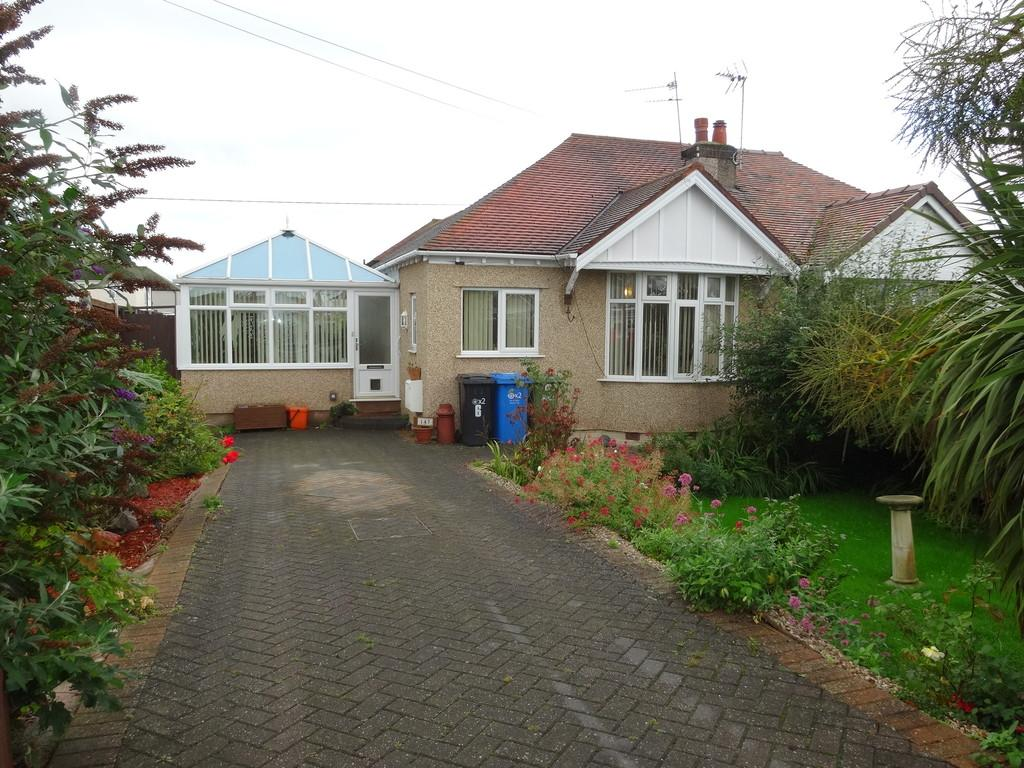 3 Bedrooms Semi Detached Bungalow for sale in Rhyl Coast Road, Rhyl