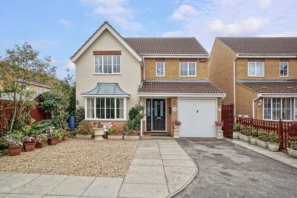 4 Bedrooms Detached House for sale in Pickering Close, Sandy