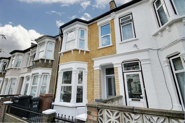 4 Bedrooms House for sale in St Marys Road, Leyton