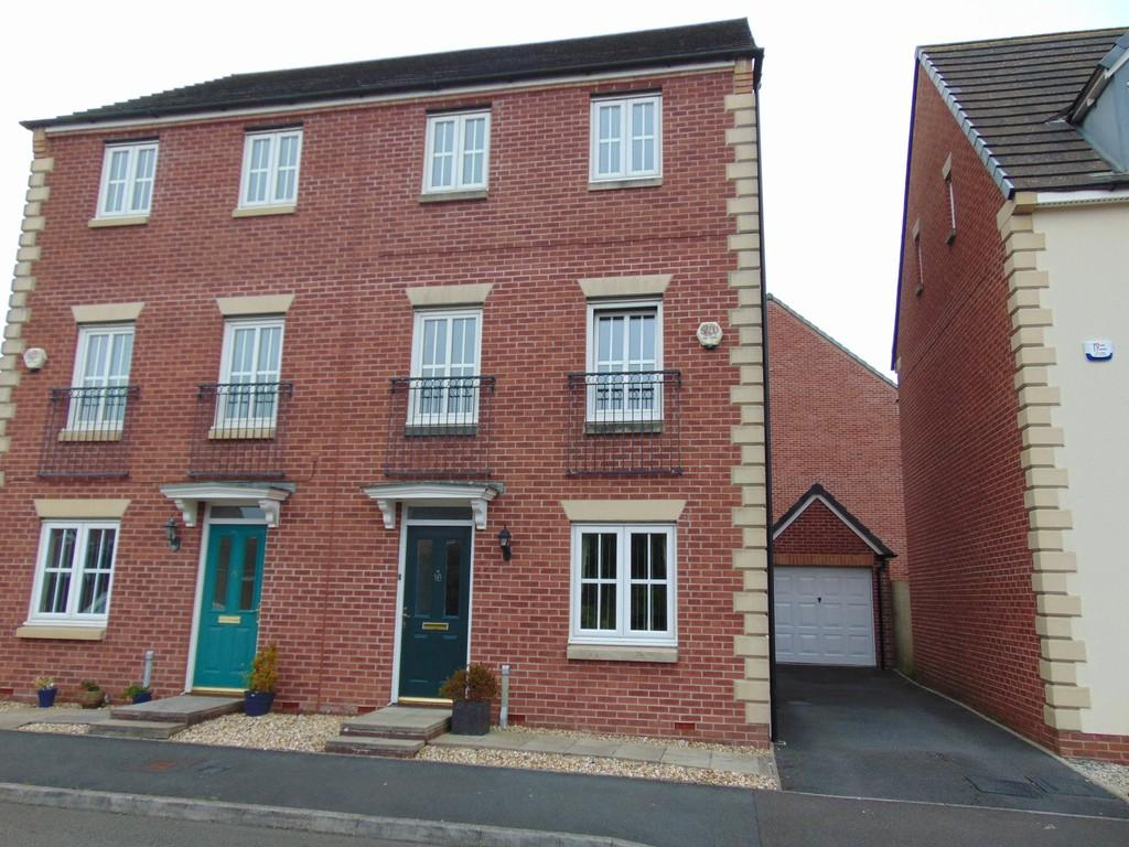 4 Bedrooms Town House for sale in 16 PORTH Y GAR
