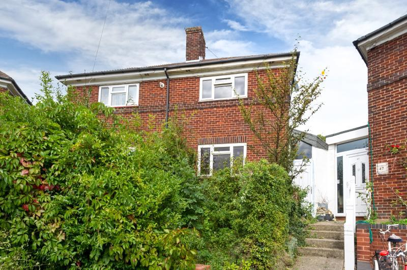 2 Bedrooms Semi Detached House for sale in Ulfgar Road, Upper Wolvercote, Oxford