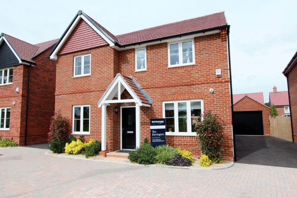 4 Bedrooms Detached House for sale in Boorley Park SO32