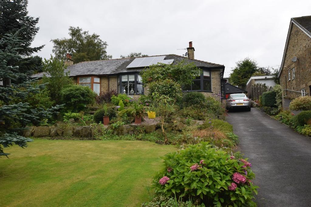 2 Bedrooms Semi Detached Bungalow for sale in Crescent Drive, Furness Vale, High Peak