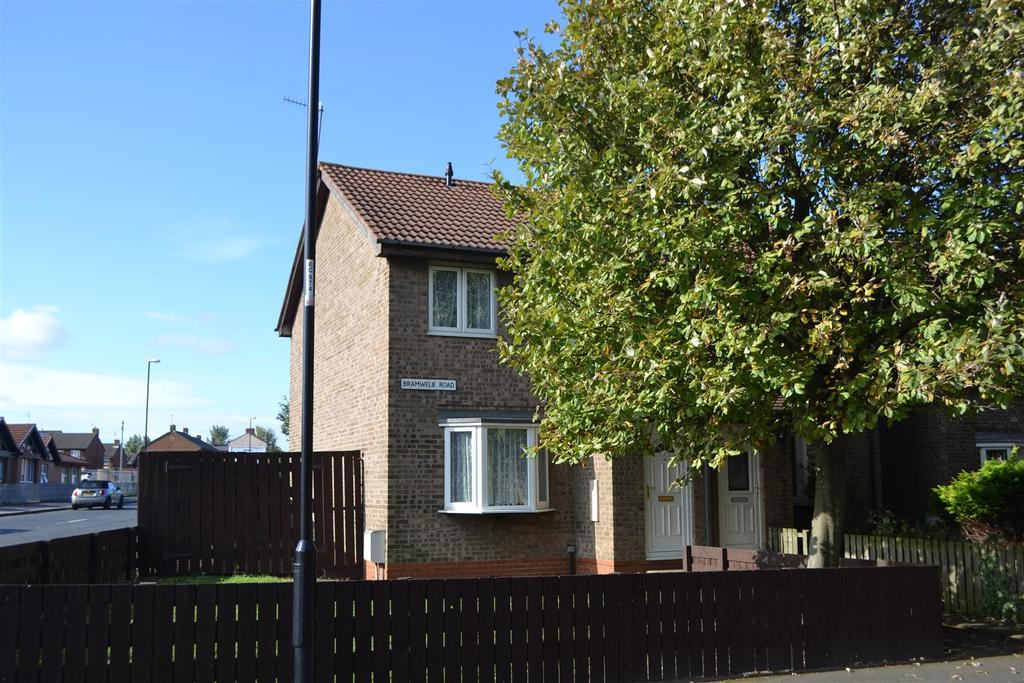 3 Bedrooms Semi Detached House for sale in Bramwell Road, Deerness Park, Sunderland