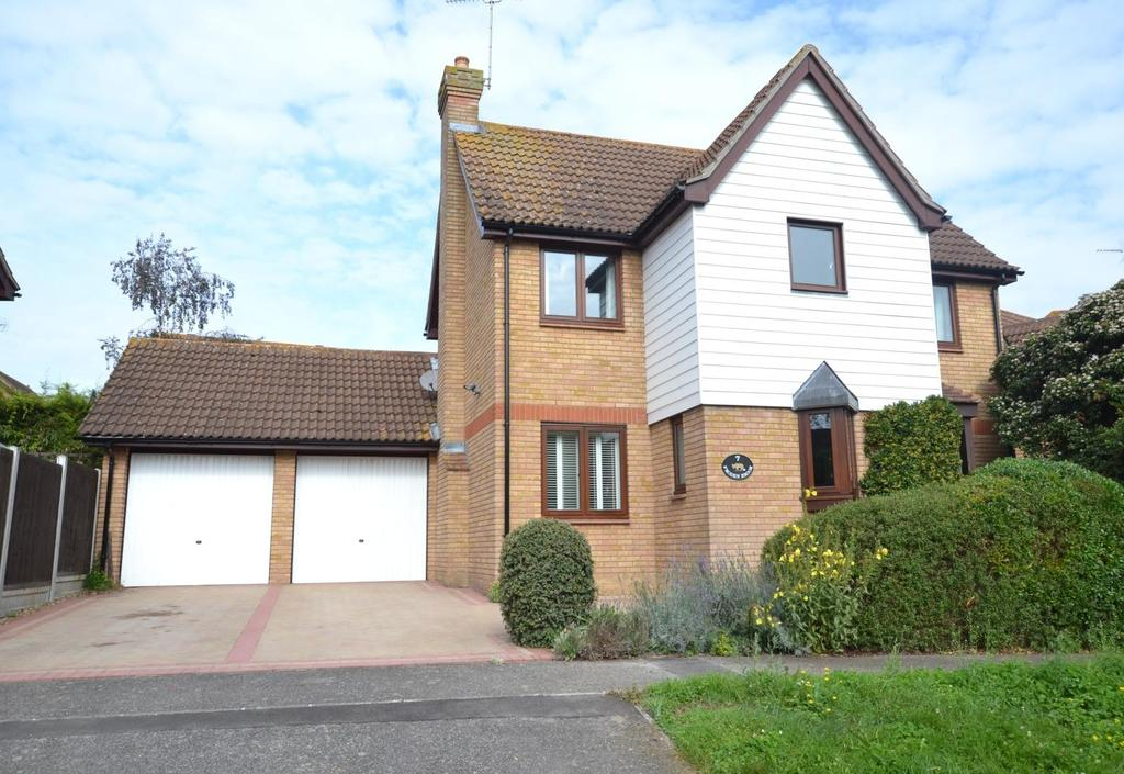 4 Bedrooms Detached House for sale in Froden Brook, Billericay, Essex, CM11