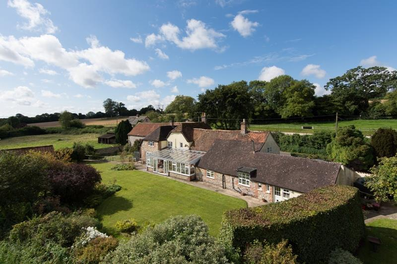 5 Bedrooms Detached House for sale in Nr Sixpenny Handley, Dorset