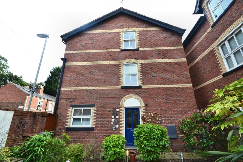 3 Bedrooms Terraced House for sale in Park View, Gillbrook Road, Didsbury
