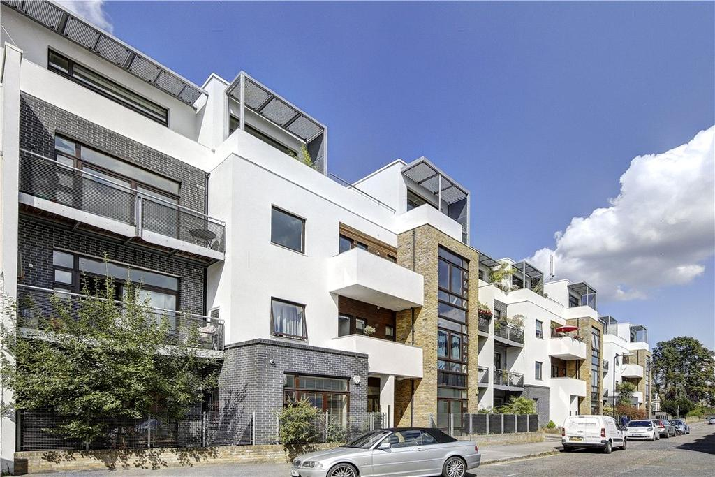 2 Bedrooms Flat for sale in Kimberley Court, Kimberley Road, London, NW6