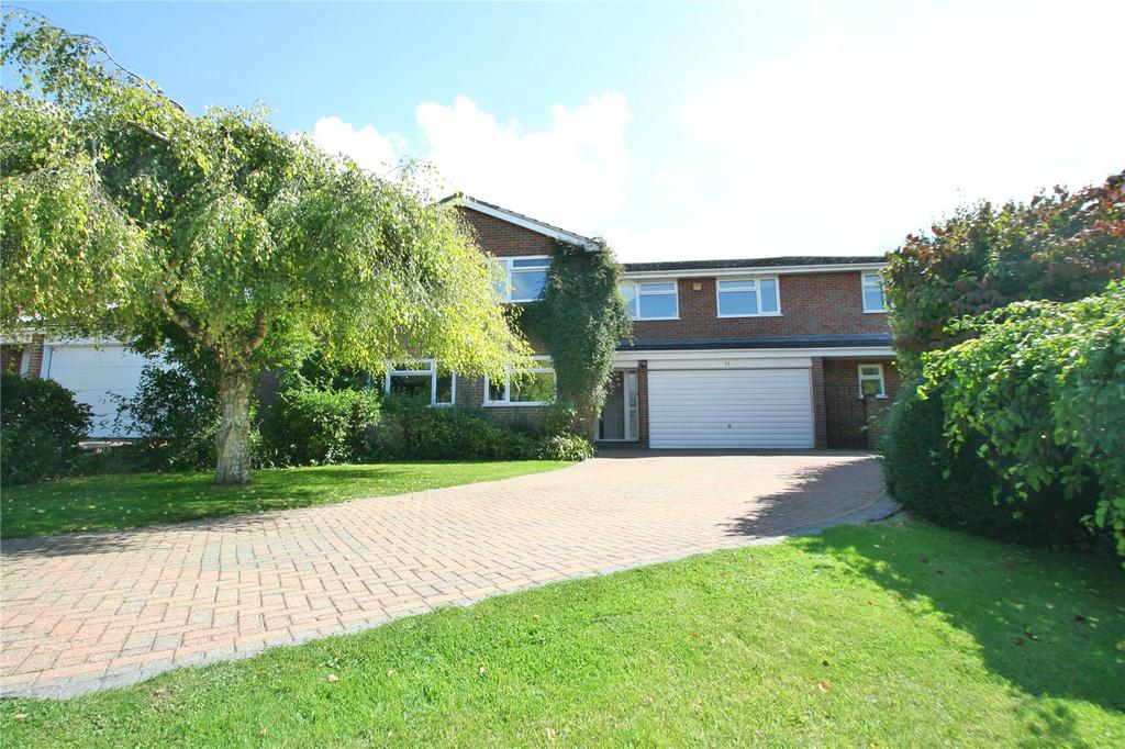 5 Bedrooms Detached House for sale in Elm Trees, Long Crendon, Buckinghamshire, HP18