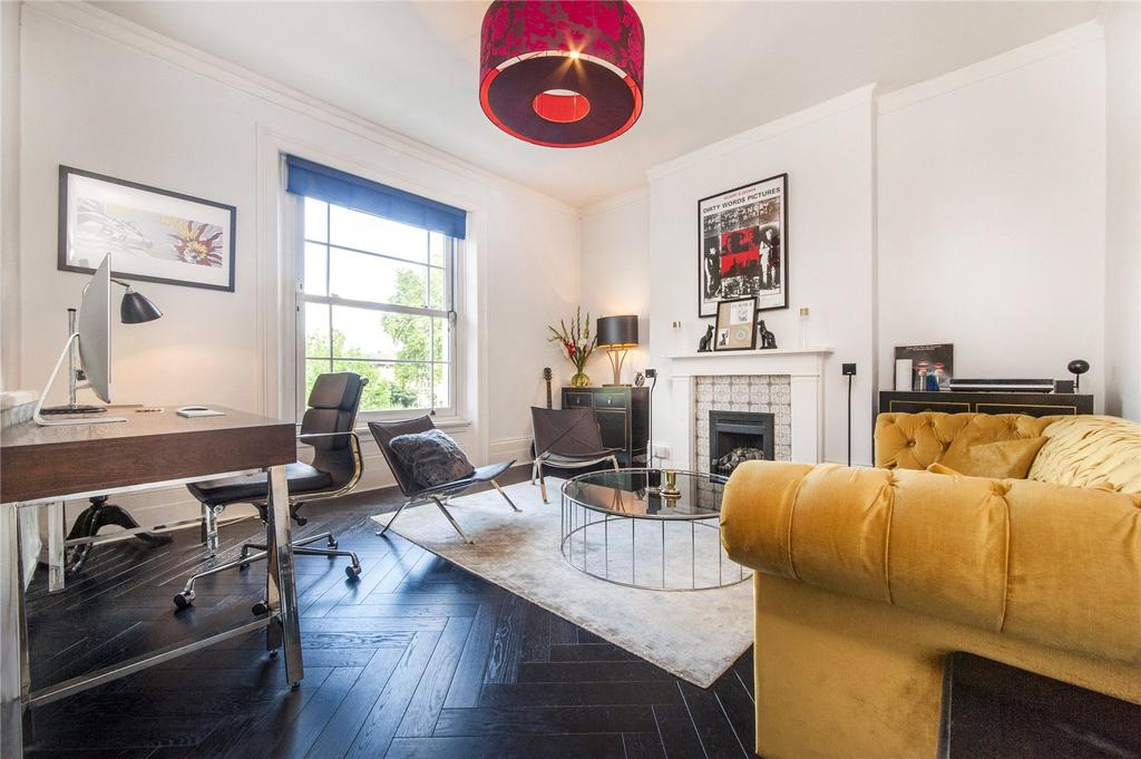 3 Bedrooms Flat for sale in Rochester Terrace, London