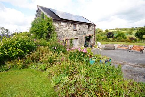 4 bedroom country house for sale - Rhydargaeau Road, Carmarthen
