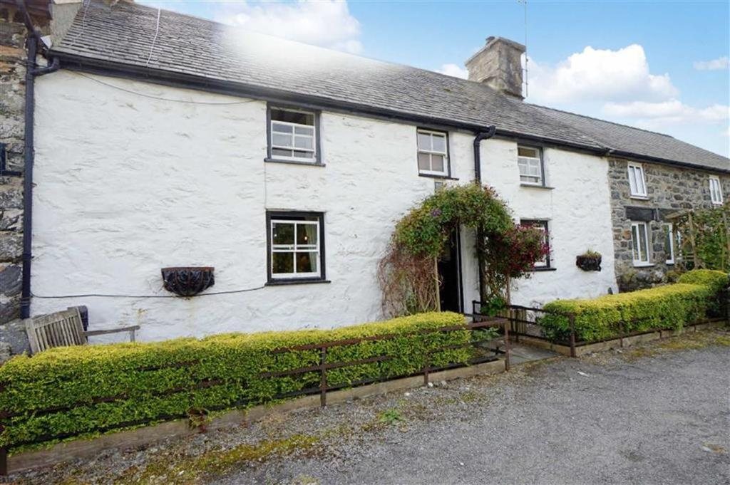 3 Bedrooms Terraced House for sale in High Street, Ysbyty Ifan, Betws Y Coed