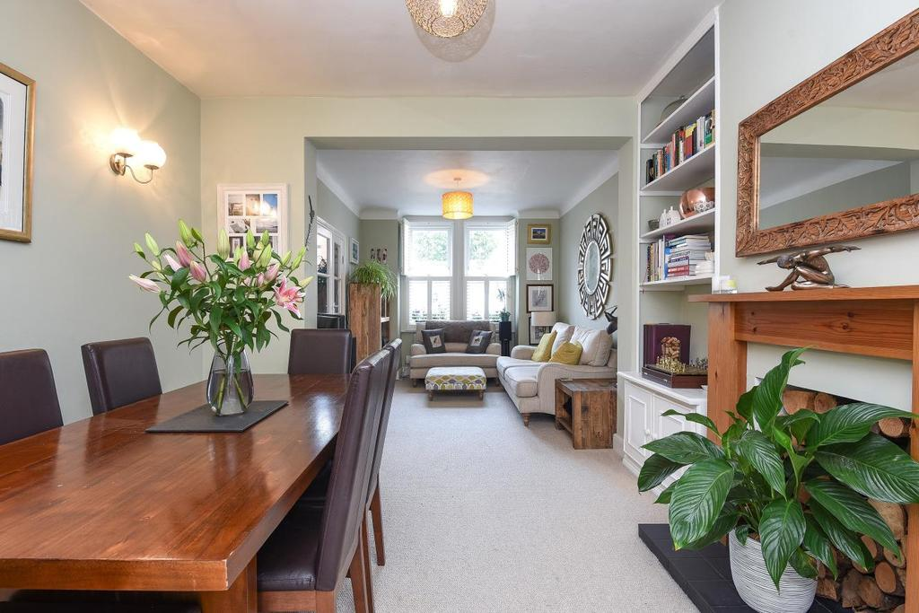 3 Bedrooms Terraced House for sale in Keble Street, Earlsfield