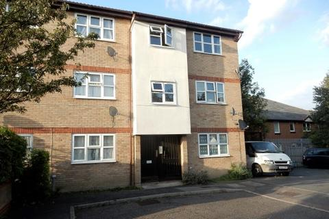 1 bedroom flat to rent - Wrights Close, Dagenham RM10