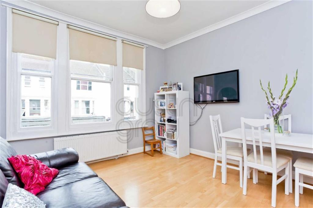 1 Bedroom Flat for sale in Circus Mews, 19-21 Preston Road, Brighton, East Sussex